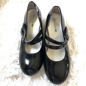 Other - Little Girl's Black leather shoe with small heel